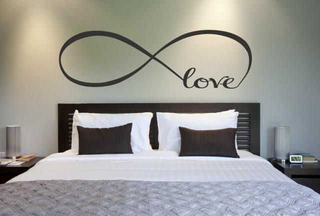 almohadas cojines lampara pared cojines