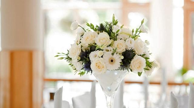 arreglos florales ramo blanco rosas