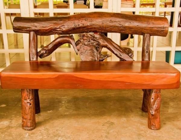 banco madera flotante barnizado pulido
