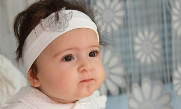 bebe diadema blanca felpa elastica