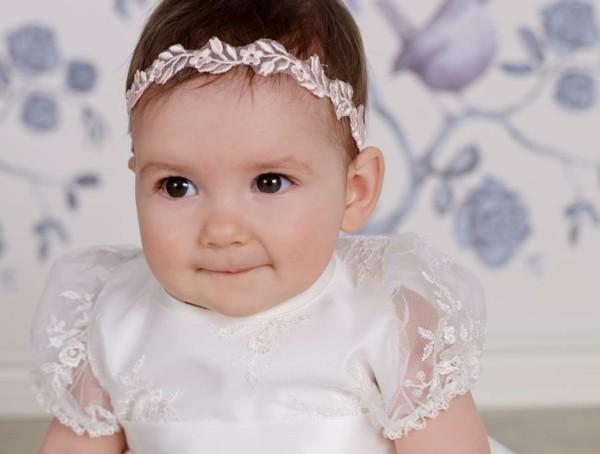 bebe diadema encaje rosa florecitas