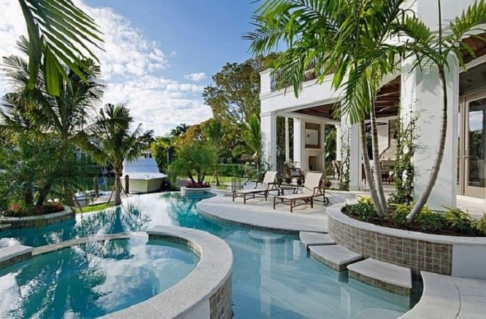 blanco azul piscina dos niveles vista espectacular