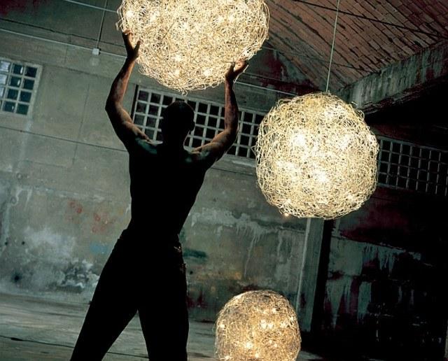 bolas colgantes luz idea genial iluminación exterior