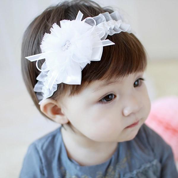 bonita diadema blanca bebe adorno