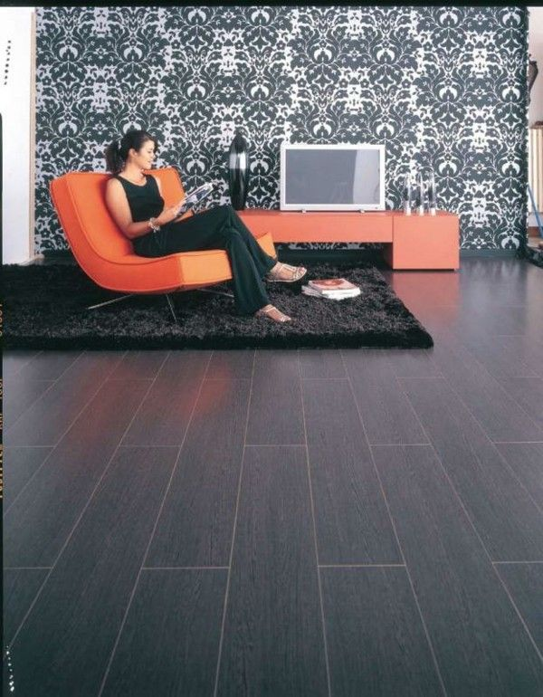 bonito laminado suelo negro liso