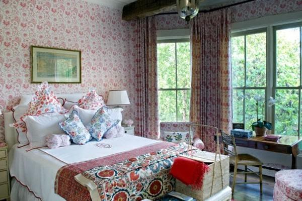 cama habitación flores colores romántica