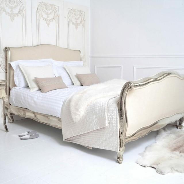 cama moderno idea interesante pared blanca piel blanca