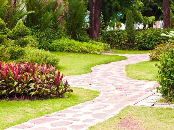 camino sendero baldosas cemento