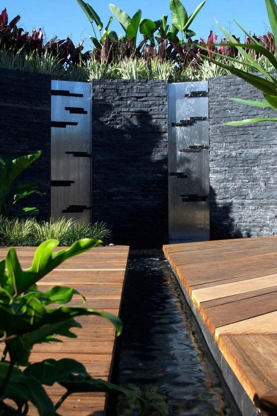 cascada para jardin combinada elementos piedra