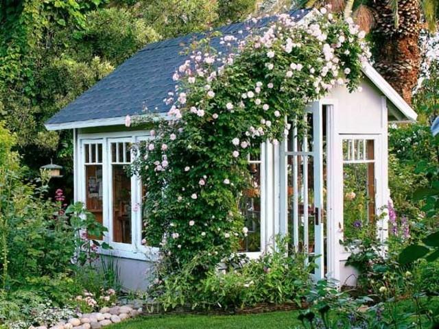 casetas de jardín flores blanca