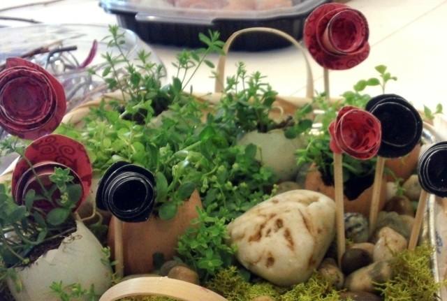centro mesa flores artificiales piedras