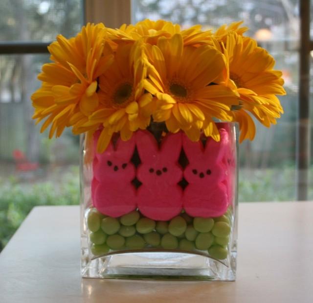 centro mesa uvas flores margaritas