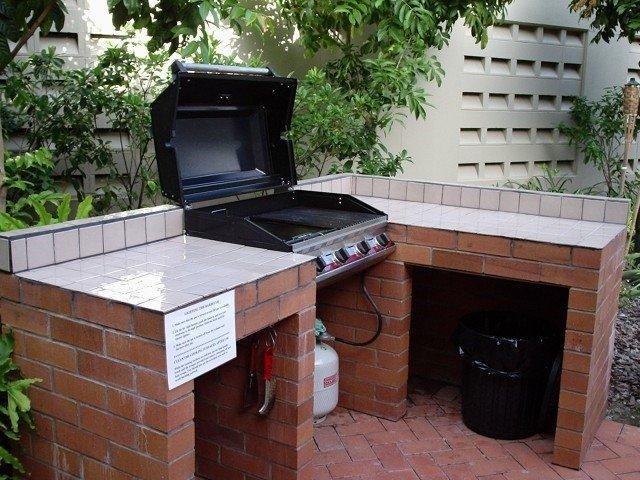 cocina barbacoa de jardín ladrillo