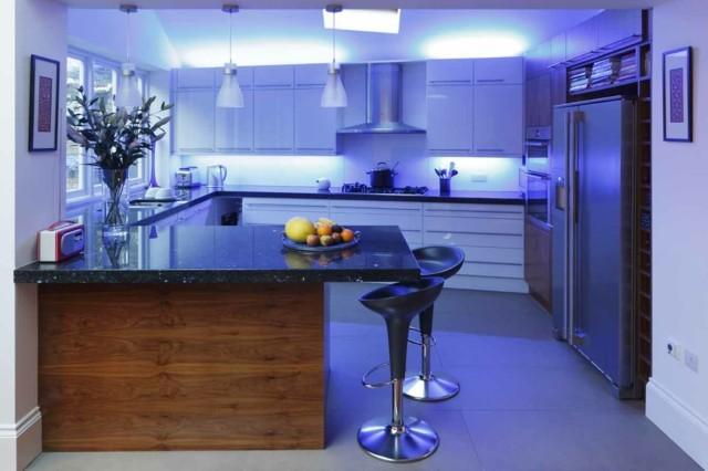 cocina lamparas led debajo armarios idea bonita