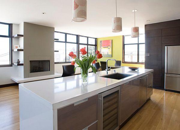 cocinas modernas blanca abierta  ventanales iliminada