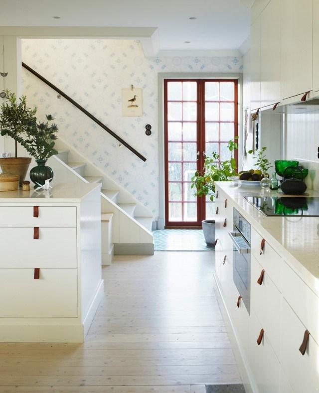 cocina vintage blanca larga papel pared motivos bonita azul