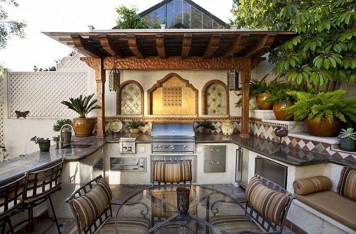 cocinas de diseño sillas metalicas mediterraneo techada