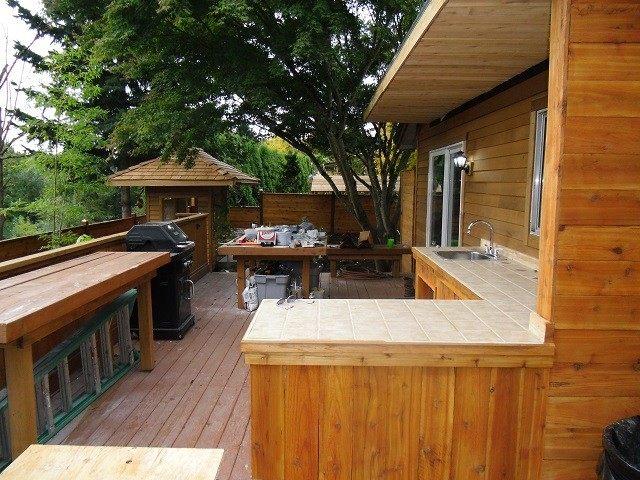 cocinas de exterior madera bonita