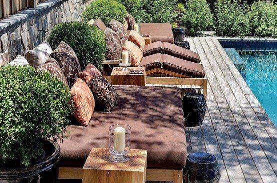 cojines madera piscina balancin silla almohadones
