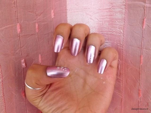 colores electricos moderno uñas llaman atencion