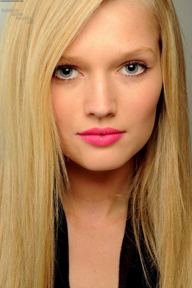 como maquillarse labios rosa bonito naturalidad