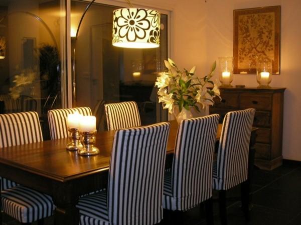 Muebles de comedor en el sal n para las cenas especiales for Fundas para sillas comedor