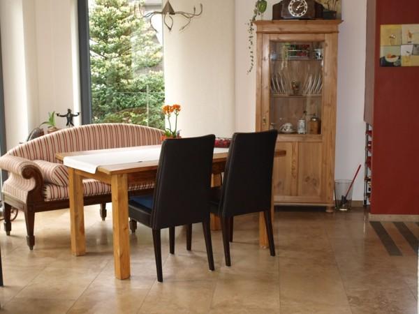 comedor salon mesa sillón armario