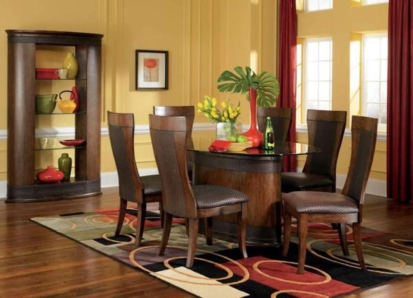 conjunto comedor madera salón colorido