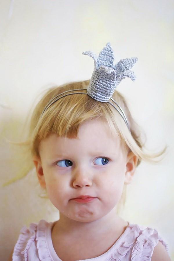 corona crochet princesita rígida
