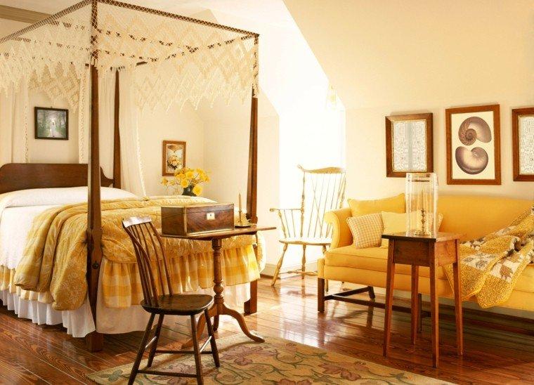 cuarto cama mosquitera amarilla madera
