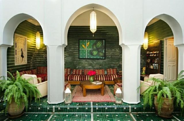 decoración árabe losetas verdes arcos