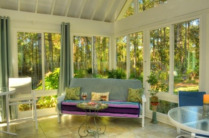 decoración de terrazas interior bosque morado