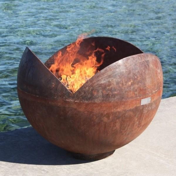 decoracion de jardines bola grande de fuego