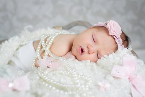 diadema rosa perlas bebé