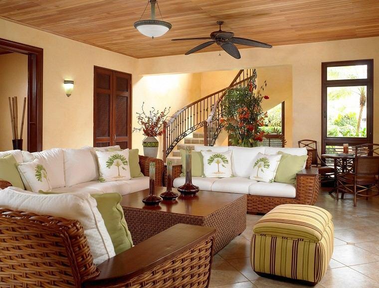 diseño de interiores con colores cálidos salon ventiladores