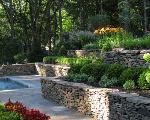 diseño de jardines piedras flores plantas moderno