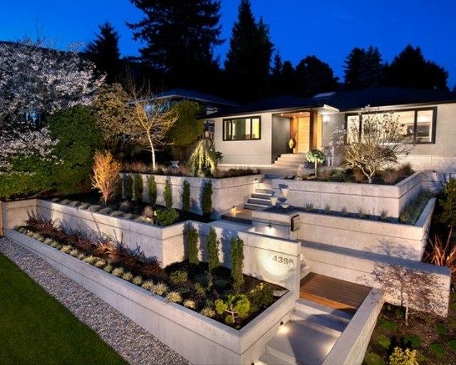 Dise o de jardines ideas para muros de ensue o - Jardines con madera y piedras ...