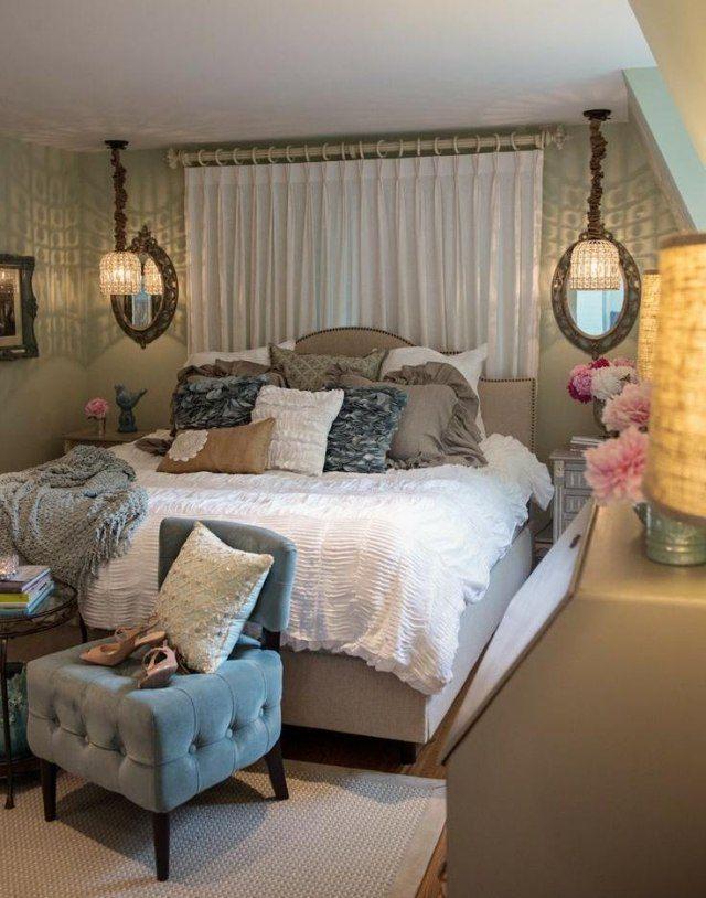 dormitorio estilo antuiguo cama cortina grande almohadas