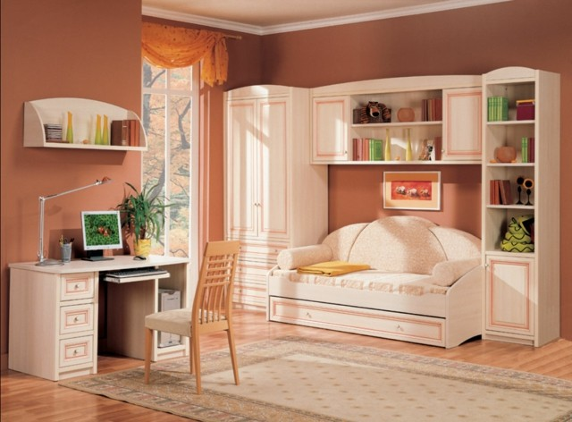 dormitorio joven colores rosa salmon espacioso