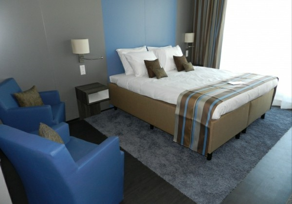 dormitorio sillones dos azules modernos