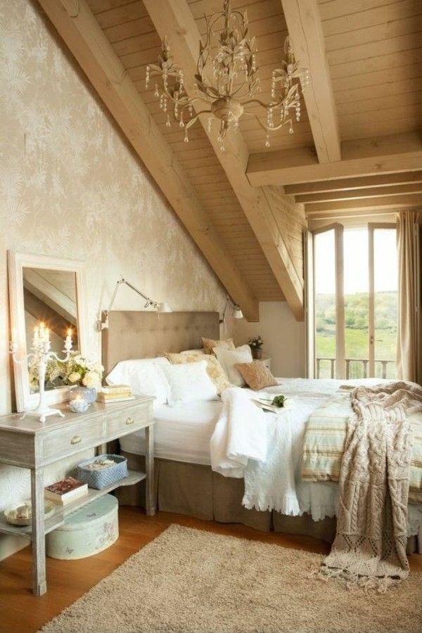 estupenda buhardilla con techo madera
