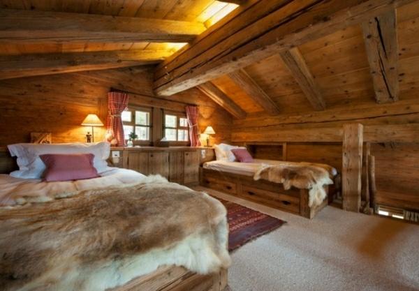 fincas rusticas dos camas pieles madera acogedor