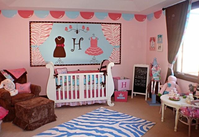 habitacion bebe coqueta rosa alfombra