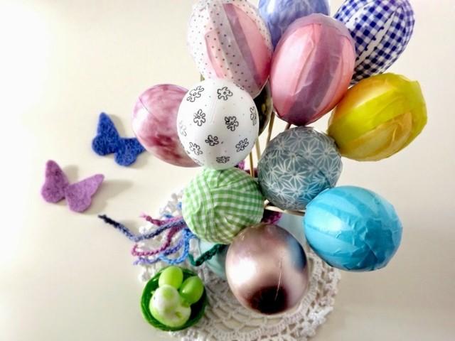 huevos de pascua envueltos colores fiesta