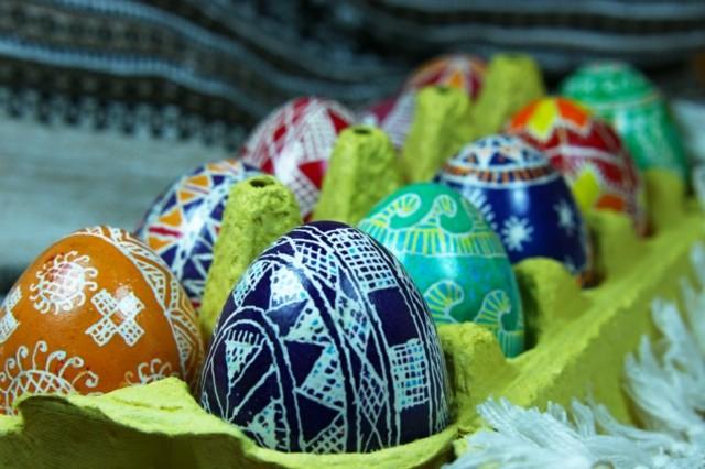 huevos de pascua pintados caja decoracion