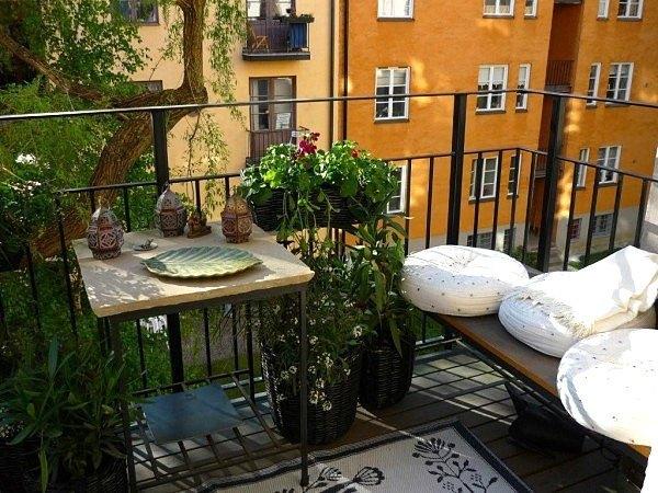 balcon iseda cogiens banco vistas ciudad