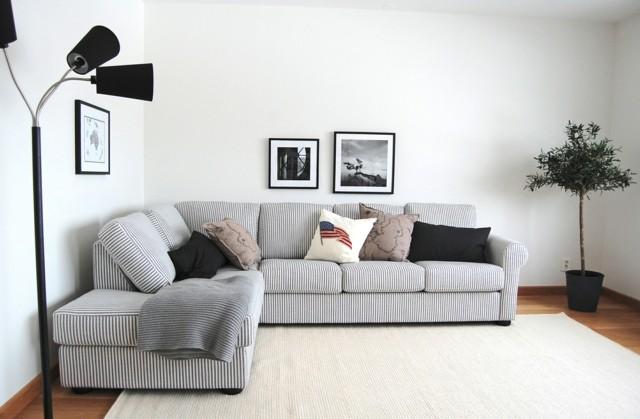 idea simple minimalista salon sofa rayas blanco diseo negro