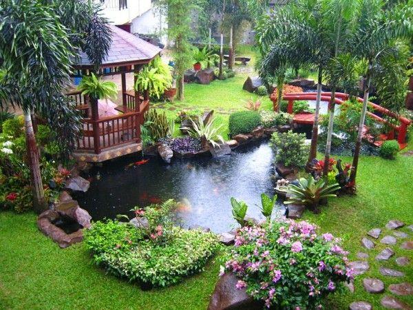 jardín caseta madera lago puente