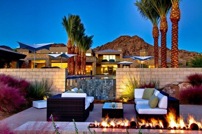 jardin moderno exterior atardecer fuego
