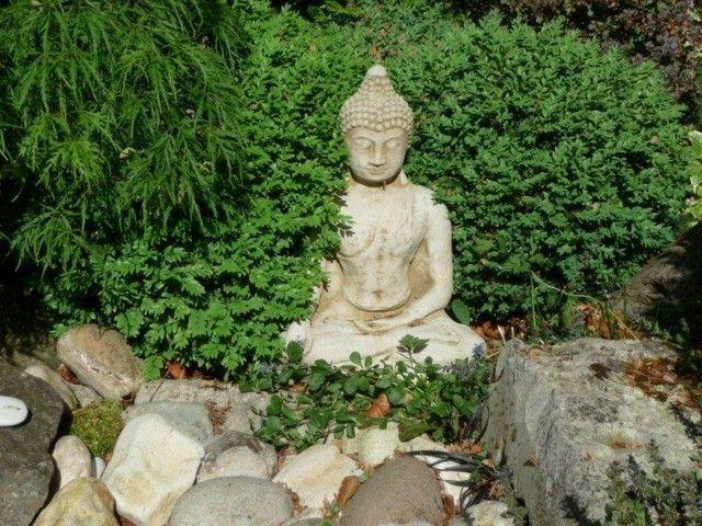 jardin zen estatua buda decoracin rocas
